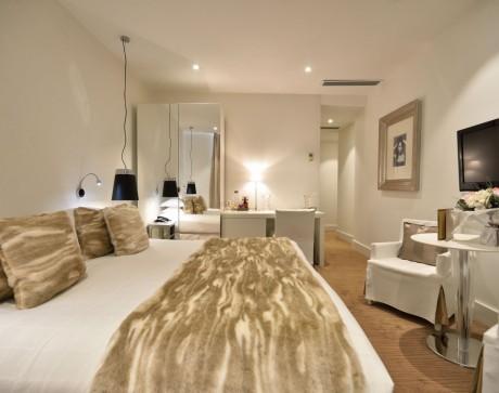 chambre-classique-hotel-renoir