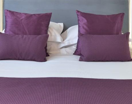 details-violet-hotel-cezanne