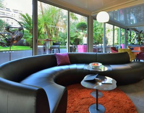 sofa-lobby-cezanne